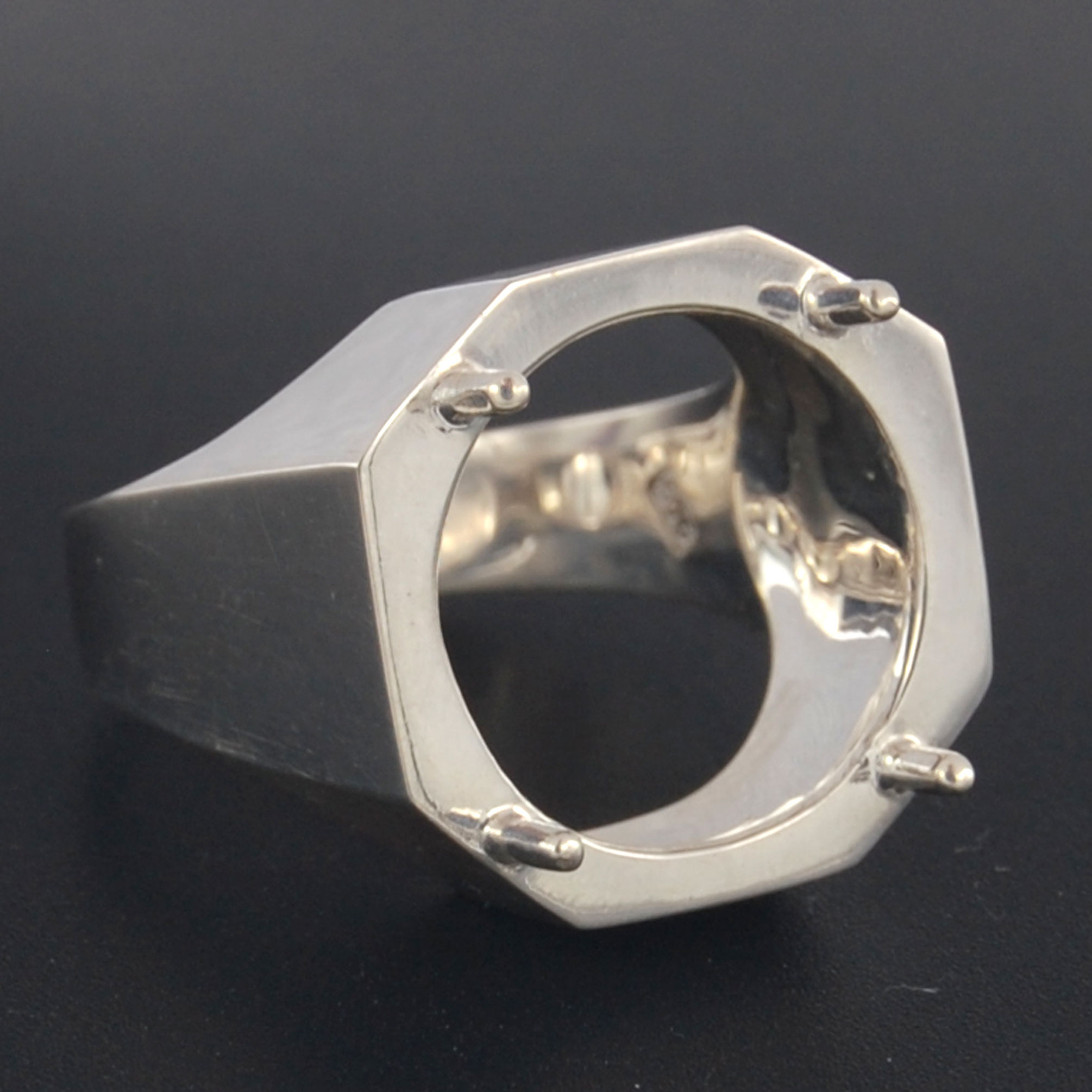 Setting silver ring blank for round 15 mm